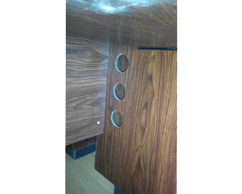 1.2米油漆办公桌下的线孔