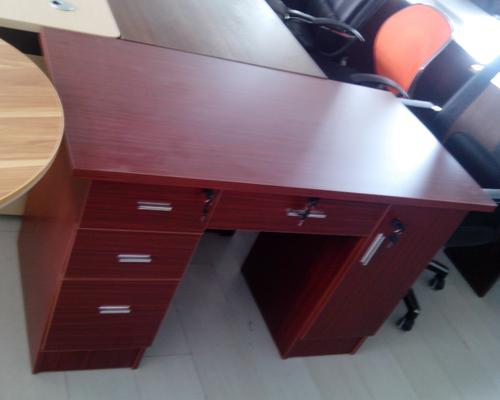 板式电脑桌1.2米