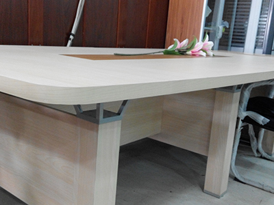 高档版式会议桌
