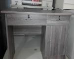 板式电脑桌灰色