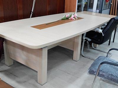 版式会议桌